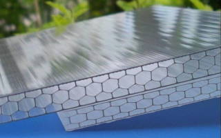 Как выбрать поликарбонат для теплицы по плотности